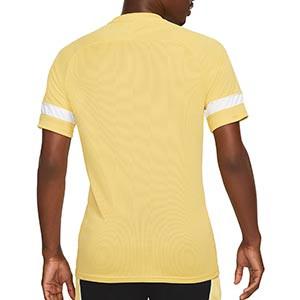 Camiseta Nike Dri-Fit Academy 21 - Camiseta de manga corta de entrenamiento de fútbol Nike - dorada - trasera