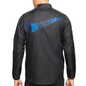 Chubasquero Nike Inter Repel Academy All Weather Fan - Chaqueta impermeable Nike del Inter de Milán - negra