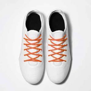 Cordones futbolmania extrafinos - Cordones extrafinos para botas de fútbol ligeras y botas de fútbol altas (4 mm ancho x 1,4 mm de grosor) - naranjas - aplicacion