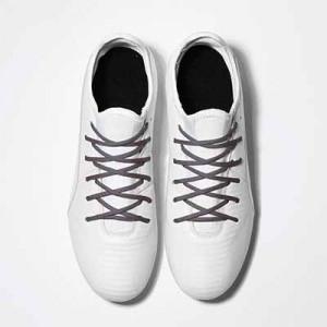 Cordones futbolmania extrafinos - Cordones extrafinos para botas de fútbol ligeras y botas de fútbol altas (4 mm ancho x 1,4 mm de grosor) - grises - aplicacion
