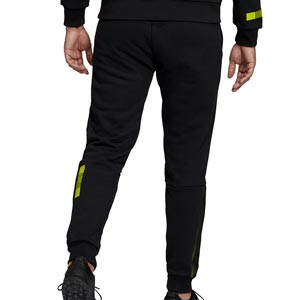Pantalón adidas Juventus Travel - Pantalón largo para paseo de algodón adidas de la Juventus - negro