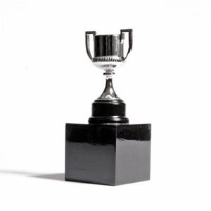 Mini Copa RFEF Copa del Rey 45 mm - Figura réplica con pedestal copa RFEF Copa del Rey 45 mm - plateada