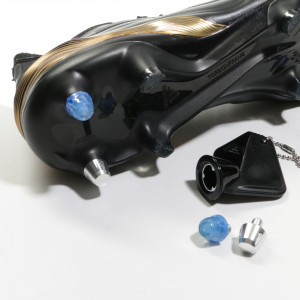 1x taco goma TPU 9mm botas fútbol adidas Studiamonds azul - 1 ud de taco de goma trasero de repuesto botas adidas (excepto World Cup y Kaiser) de 9 mm - azul traslúcido
