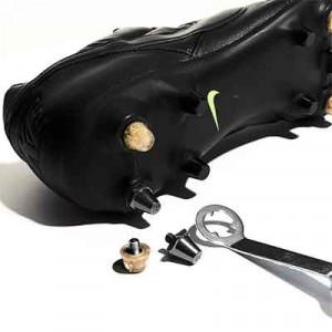 Taco goma TPU 9mm botas fútbol estándar Studiamonds oro - 1 ud de taco de goma trasero de repuesto para botas Nike, Puma, New Balance,... de 9 mm - dorado traslúcido - detalle