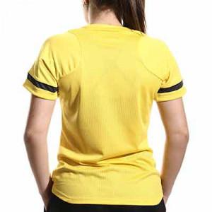 Camiseta Nike Dri-Fit Academy 21 mujer - Camiseta de maga corta de mujer para entrenamiento fútbol Nike - amarilla - hover trasera