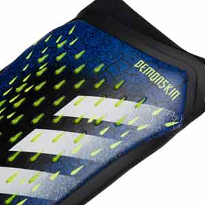 adidas Predator Pro - Espinilleras de fútbol adidas con mallas incorporadas - azules - detalle frontal