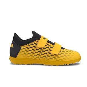 Puma Future 5.4 TT Jr velcro - Zapatillas multitaco infantiles con velcro Puma TT suela turf - amarillas y negras - pie derecho