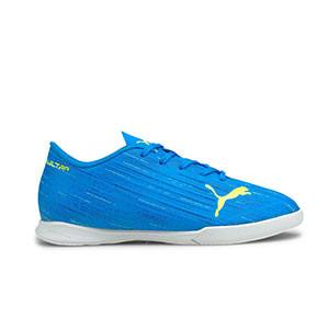 Puma Ultra 4.2 ITJr - Zapatillas de fútbol sala infantiles Puma IT suela lisa - azules - pie derecho