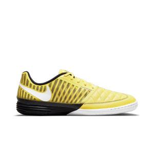 Nike Lunar Gato 2 - Zapatillas de fútbol sala de piel Nike con suela lisa IC - amarillas y negras - pie derecho