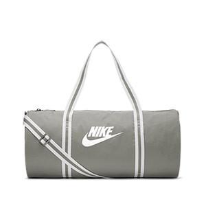 Bolsa deporte Nike Heritage mediana - Bolsa entrenamiento fútbol Nike (53 x 26 x 26) cm - verde grisácea - frontal