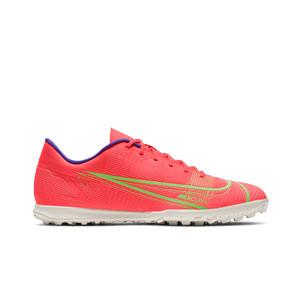 Nike Mercurial Vapor 14 Club TF - Zapatillas de fútbol multitaco Nike suela turf - rosa rojizas, plateadas, azul moradas - derecho