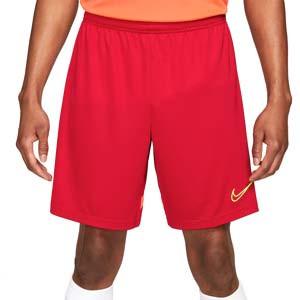 Short Nike Dri-Fit Academy 21 - Pantalón corto de entrenamiento de fútbol Nike - rojo, naranja