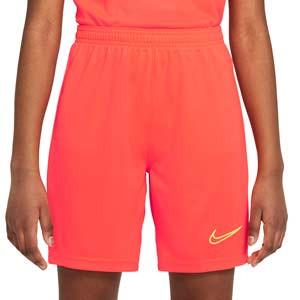 Short Nike Dri-Fit Academy 21 niño - Pantalón corto de entrenamiento de fútbol infantil Nike - rojo anaranjado
