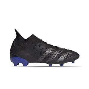 adidas Predator FREAK .1 FG J - Botas de fútbol infantiles con tobillera adidas FG para césped natural o artificial de última generación - negras