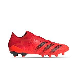 adidas Predator FREAK .1 Low AG - Botas de fútbol adidas AG para césped natural húmedo - rojas