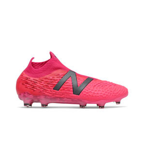 New Balance Tekela v3+ Pro FG - Botas de fútbol con tobillera y sin cordones New Balance FG para césped natural y artificial de última generación - rosas rojizas