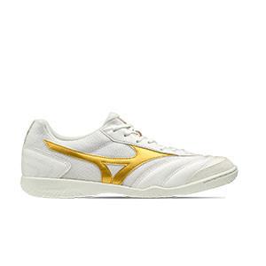 Mizuno Morelia Sala Club IN - Zapatillas de fútbol sala de piel sintética Mizuno suela lia IN - blancas y doradas - pie derecho