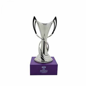 Mini Copa pedestal Womans Champions League - Figura réplica con pedestal copa UEFA Womans Champions League 150 mm - plateada - frontal