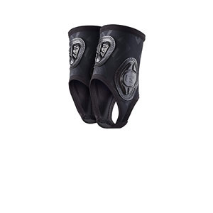 Tobilleras protectoras G-Form Pro-X Ankle - Tobilleras protectoras de fútbol G-Form - negras - frontal
