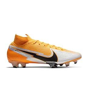 Nike Mercurial Superfly 7 Elite FG - Botas de fútbol con tobillera Nike FG para césped natural o artificial de última generación - amarillo anaranjado - pie derecho
