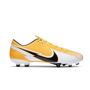 Nike Mercurial Vapor 13 Academy FG/MG - Botas de fútbol Nike FG/MG para césped artificial - amarillo anaranjado - pie derecho