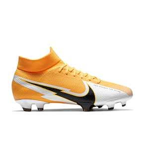 Nike Mercurial Superfly 7 Pro FG - Botas de fútbol con tobillera Nike FG para césped natural o artificial de última generación - amarillo anaranjado - pie derecho