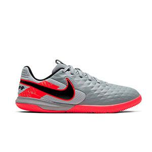 Nike Tiempo Legend 8 Academy IC Jr - Zapatillas de fútbol sala de piel para niño Nike con suela lisa IC - plateadas y rosas - derecho