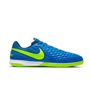 Nike Tiempo Legend 8 Academy IC - Zapatillas de fútbol sala de piel Nike con suela lisa IC - azules y amarillas - derecho
