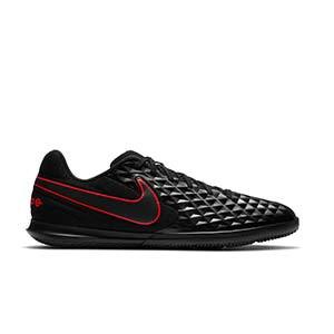 Nike Tiempo Legend 8 Club IC - Zapatillas de fútbol sala Nike con suela lisa IC - negras - pie derecho