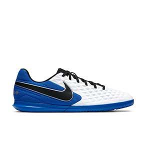 Nike Tiempo Legend 8 Club IC - Zapatillas de fútbol sala Nike con suela lisa IC - blancas y azules - pie derecho