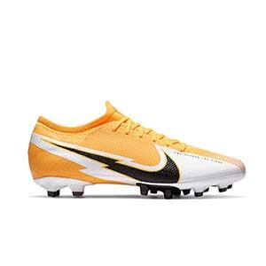 Nike Mercurial Vapor 13 Pro AG-PRO - Botas de fútbol Nike AG-PRO para césped artificial - naranjas y blancas - pie derecho