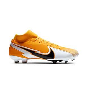 Nike Mercurial Superfly 7 Academy FG/MG - Botas de fútbol con tobillera Nike FG/MG para césped artificial - naranjas y blancas - pie derecho