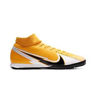 Nike Mercurial Superfly 7 Academy IC - Zapatillas fútbol sala con tobillera Nike suela lisa IC - amarillo anaranjado - pie derecho