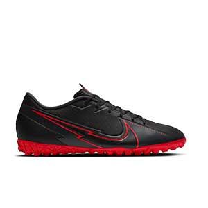 Nike Mercurial Vapor 13 Academy TF - Zapatillas multitaco Nike suela turf - negras - pie derecho