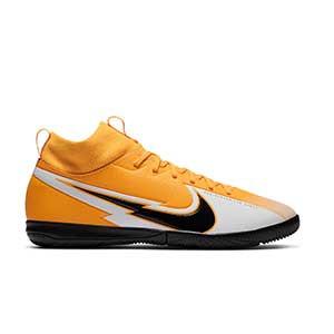 Nike Mercurial Superfly 7 Academy IC Jr - Zapatillas fútbol sala para niño con tobillera Nike suela lisa IC - amarillo anaranjado - pie derecho