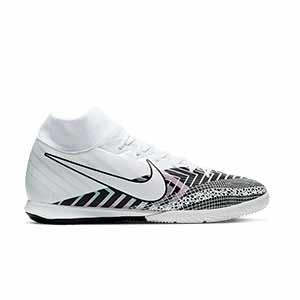 Nike Mercurial Superfly 7 Academy MDS IC - Zapatillas fútbol sala con tobillera Nike suela lisa IC - blancas y negras - pie derecho