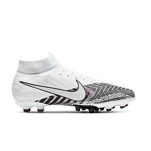 Nike Mercurial Superfly 7 Pro MDS AG-Pro - Botas de fútbol con tobillera Nike AG-PRO para césped artificial - blancas y negras - pie derecho