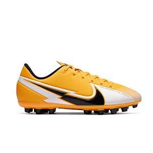 Nike Mercurial Vapor 13 Academy AG Jr - Botas de fútbol infantiles Nike AG para césped artificial - amarillo anaranjado - pie derecho