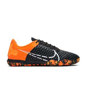 Nike React Gato - Zapatillas de fútbol sala Nike con suela lisa IC - negras y naranjas - derecho