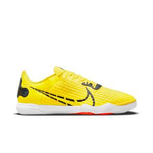 Nike React Gato - Zapatillas de fútbol sala Nike con suela lisa IC - amarillas y negras - pie derecho