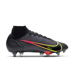 Nike Mercurial Superfly 8 Elite SG-PRO AC - Botas de fútbol con tobillera Nike SG con tacos de alúminio para césped natural blando - negras - pie derecho