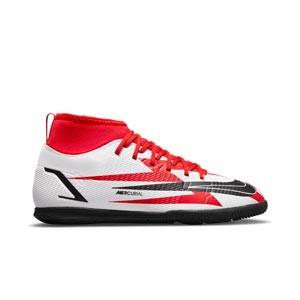 Nike Mercurial Jr Superfly 8 Club CR7 IC - Zapatillas de fútbol sala infantiles con tobillera de Cristiano Ronaldo Nike suela lisa IC - rojas y blancas - pie derecho