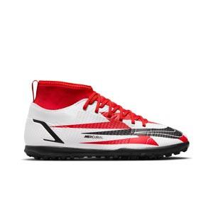 Nike Mercurial Jr Superfly 8 Club CR7 TF - Zapatillas de fútbol multitaco infantiles con tobillera de Cristiano Ronaldo Nike suela turf - rojas y blancas - pie derecho
