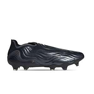 adidas Copa SENSE+ FG - Botas de fútbol de piel de canguro sin cordones adidas FG para césped natural o artificial de última generación - negras - pie derecho