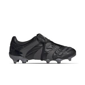 adidas Predator Accelerator FG - Botas de fútbol de piel de canguro adidas FG para césped natural o artificial de última generación - negras y grises - frontal derecho