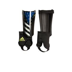 adidas Predator SG Match J - Espinilleras de fútbol infantiles adidas con tobillera protectora - azules y negras - frontal