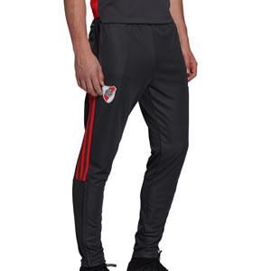 Pantalón adidas River Plate entrenamiento - Pantalón largo de entrenamiento adidas del Club Atlético River Plate - gris oscuro - frontal