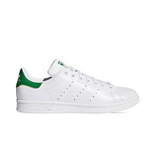 adidas Stan Smith - Zapatillas deportivas para calle adidas - blancas y verdes - pie derecho