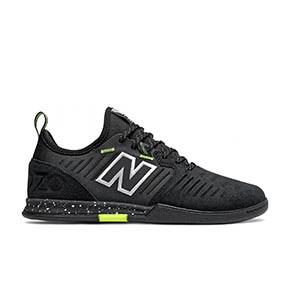 New Balance Audazo v5 Pro Suede Futsal - Zapatillas de fútbol sala de piel New Balance suela lisa IN - negra - pie derecho