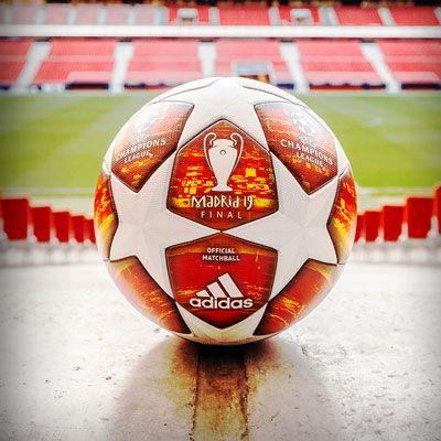 1a8a3e81bfd99 Balón de la Champions